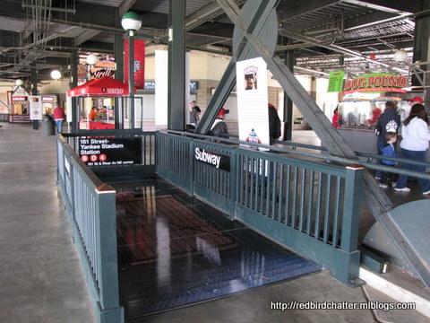 SubwayStop1.JPG